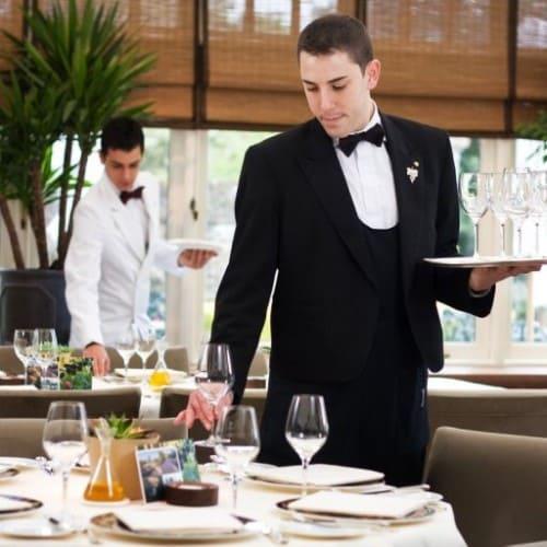 Работа официанта
